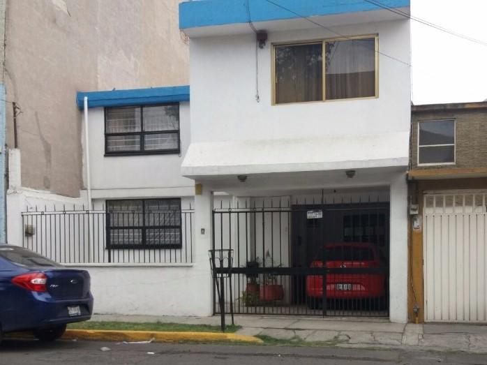 Casa en venta en viveros del valle tlalnepantla de baz for Viveros del valle
