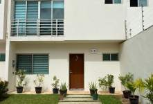 casa-en-condominio en renta