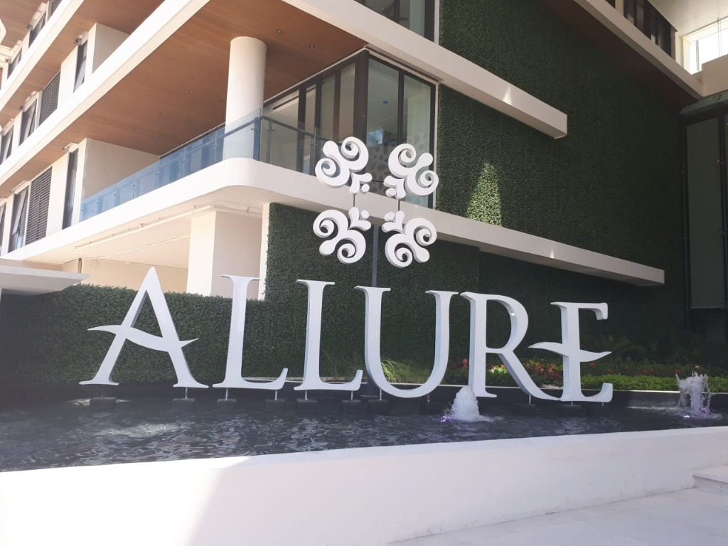 ALLURE LUXURY CONDOS